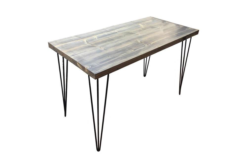 bàn làm việc bằng gỗ thông