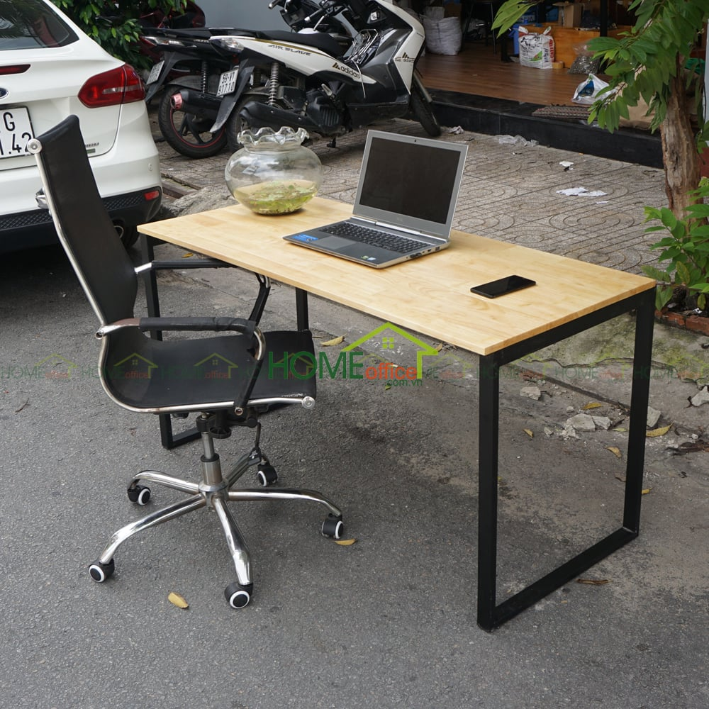 bàn gỗ cao su