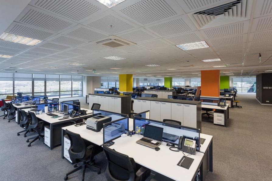 Các mẫu bàn văn phòng đẹp có thiết kế nổi bật năm 2018