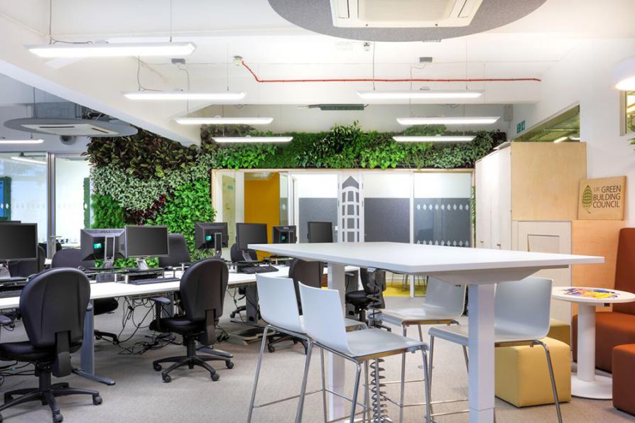 [Tư vấn] So sánh gỗ MFC và MDF: Loại nào tốt hơn cho nội thất văn phòng?